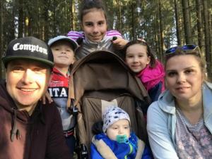 История одной семьи: Вчера умирали, а сегодня свой дом!